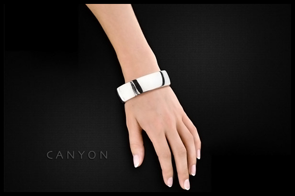 Bracelet manchette en argent 925 passivé, 54g, Ø60mm Canyon, packaging