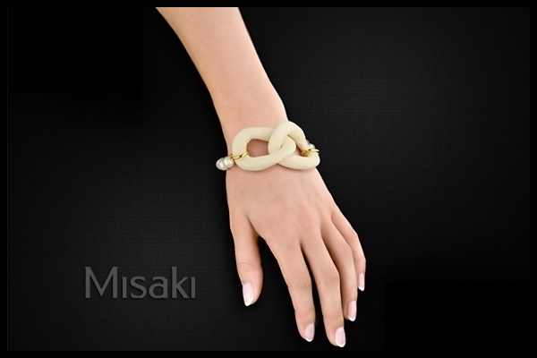 Bracelet de perles Swing Blanc plaqué or 18K Misaki, packaging